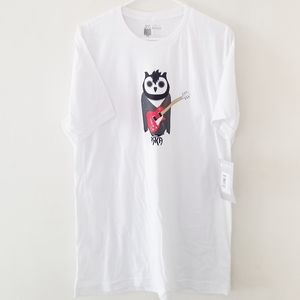 ARKA T-Shirt owl with a guitar graphic